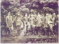 Lovci Knića 26.09.1904.godine